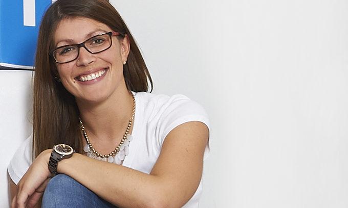 Die Leiterin Customer Service bei netclusive, Kristine Sajzewa, spricht über Fachkräftemangel und die Ausbildung zum Fachinformatiker.